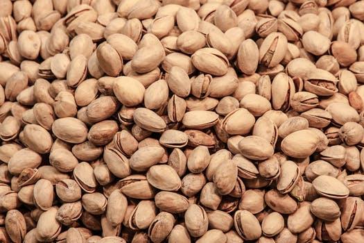 Healthiest foods - An image of a kilogram of pistachios!